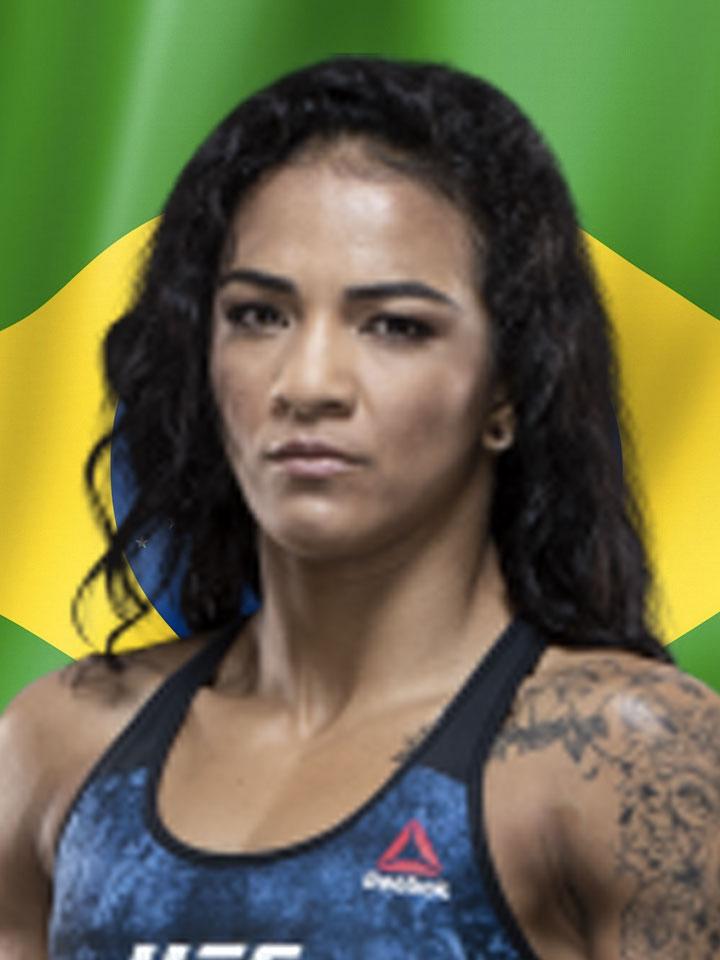 Photo of Viviane Araujo